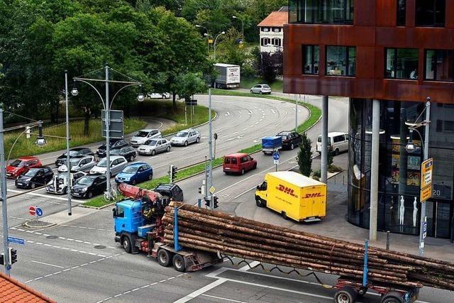 Experte soll Verkehrssituation beim Lkw-Fahrradunfall analysieren