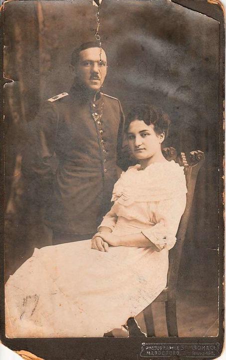 Der Urgroßvater von Chava Gitler: Max Meier mit Frau Cilly.  | Foto: privat