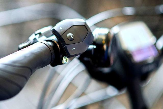 Betrunkene Radfahrerin stürzt in Rheinfelden