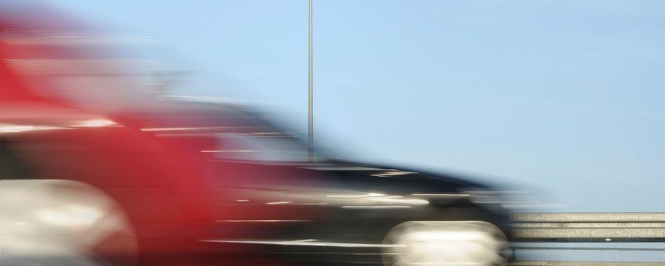 Auf der A 5 bei Bad Bellingen rast ein Ferrari-Fahrer mit Tempo 214