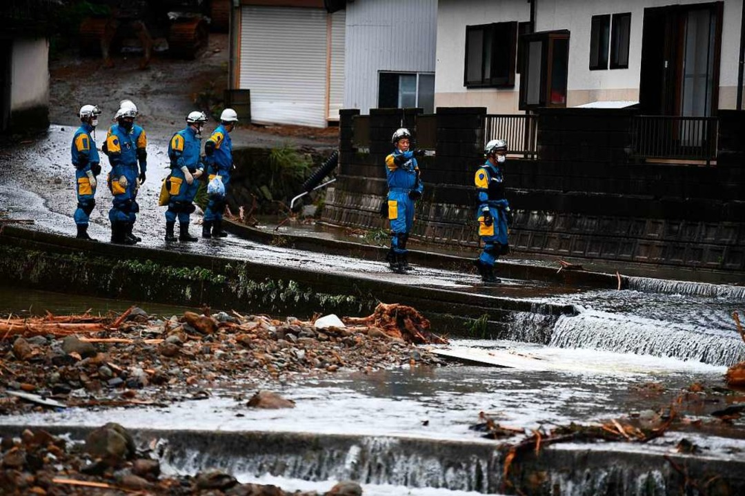 Rettungsarbeiten in Japan  | Foto: CHARLY TRIBALLEAU (AFP)