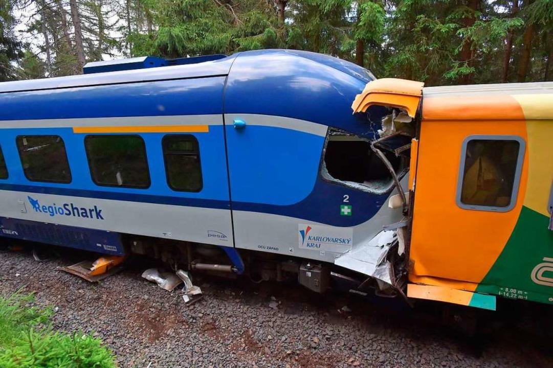 Tote und Verletzte bei Zugunglück im Erzgebirge  | Foto: Slavomír Kubeš (dpa)