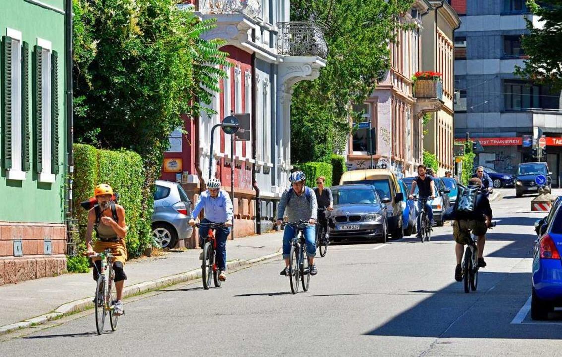 Dem Auto richtig etwas wegnehmen will ...aber könnten bald Fahrradstraßen sein.  | Foto: Michael Bamberger