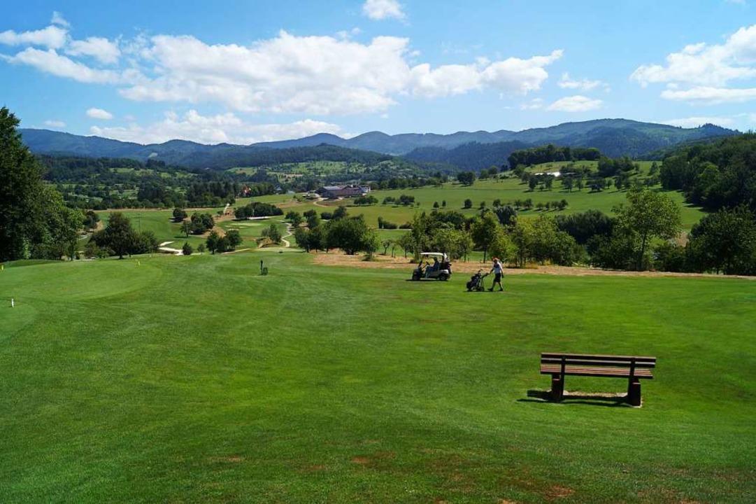 64 Hektar,  schöne Aussicht: der  Kanderner Golfplatz    Foto: Silke Hartenstein
