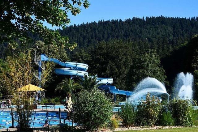 Von Samstag an dürfen 400 Gäste mehr ins Freiburger Strandbad