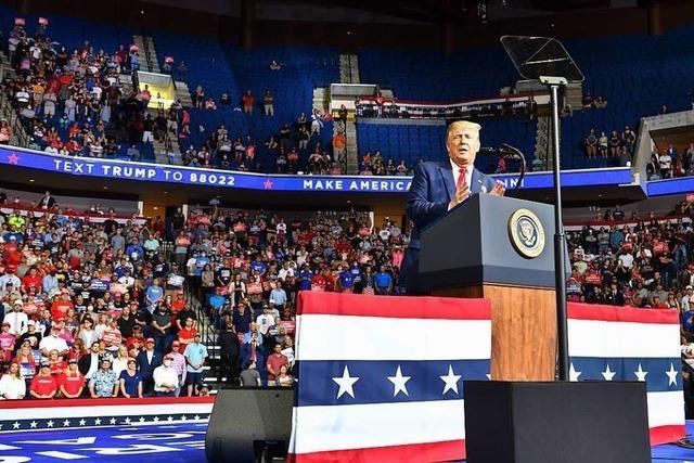 Trumps Kundgebung in Oklahoma verursacht dramatischen Anstieg der Infektionszahlen