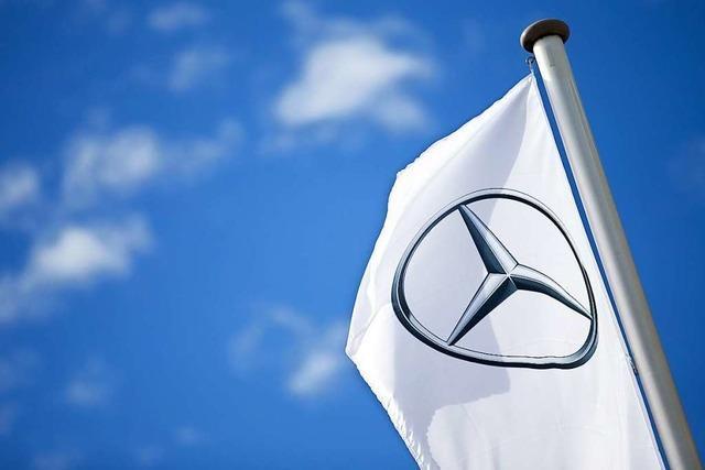Daimler schreibt rote Zahlen und muss noch mehr sparen