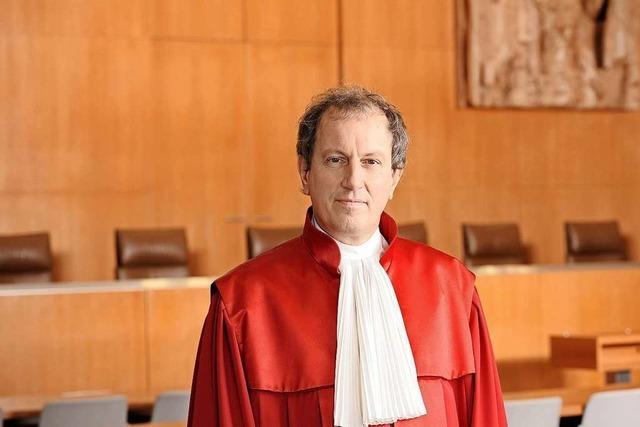 Scheidender Verfassungsrichter Masing erklärt die Grenzen der Meinungsfreiheit