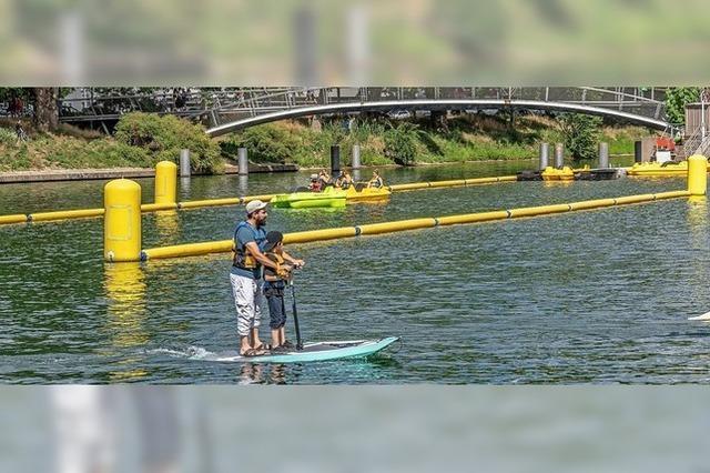 Stadtstrand lockt mit Wassersport und Kinder-Unterhaltung