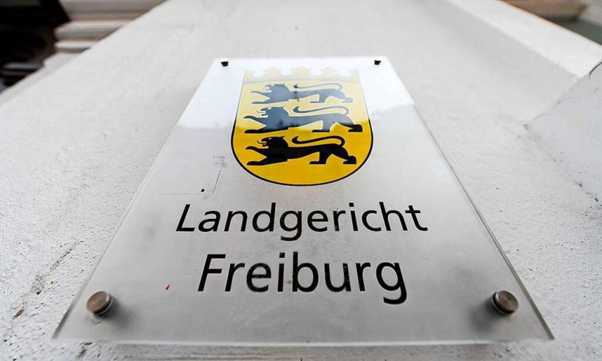 Vor dem Landgericht Freiburg wird der ...ls einem Jahr verhandelt (Archivbild).  | Foto: Patrick Seeger