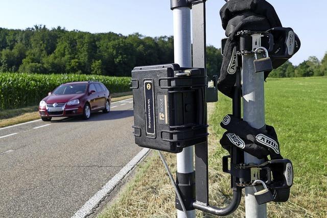 Kameraauge auf Radstreifen