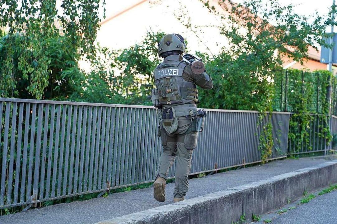 Polizeieinsatz in der Kruttenaustraße in Lahr  | Foto: Benedikt Spether