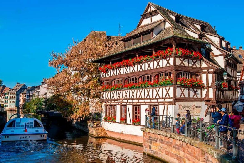 Pittoresk: Das touristische Straßburg  | Foto: Philippe de Rexel