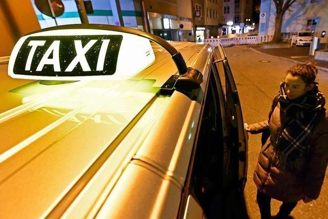 Frauennachttaxi in Freiburg übertrifft Erwartungen mit neuem Konzept