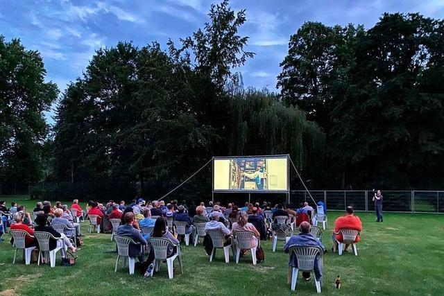 Breisacher Kino-Sommer feiert im Waldschwimmbad gelungene Premiere