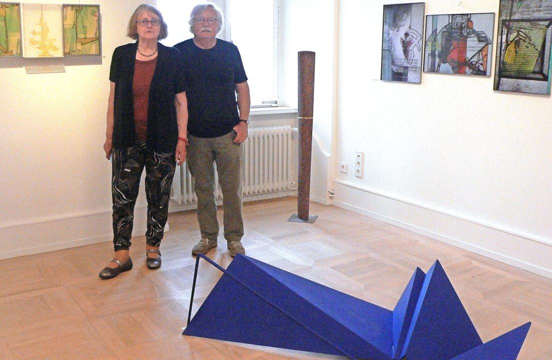 Das Künstlerpaar  Inge Regnat-Ulner un...n Preis der Bräunlich-Bieser-Stiftung.    Foto: Rosemarie Tillessen