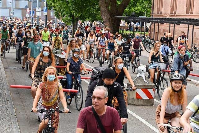 Radfahrer demonstrieren am 24. Juli in Lörrach