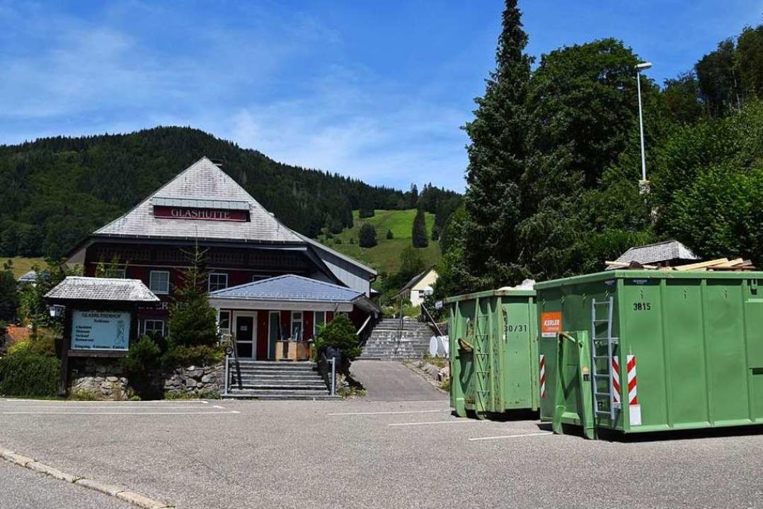 Der historische Glasbläserhof an der L... auch für Hängebrückenbesucher werden.  | Foto: Ulrike Jäger