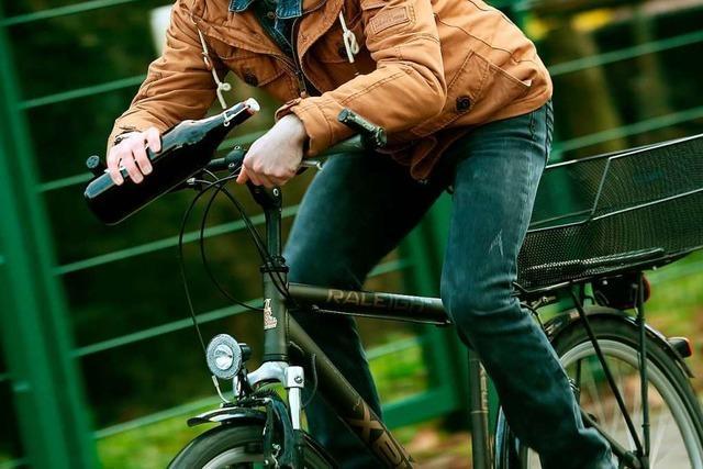 Betrunkener Radfahrer an Alu-Kreuzung in Rheinfelden