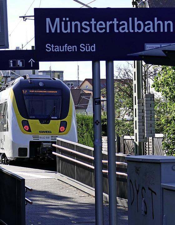 Die Standzeiten der Münstertalbahn in ...220; sorgen weiter für Unverständnis.   | Foto: Hans-Peter Müller