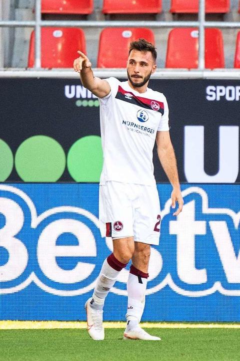 Fabian Schleusener: Nach einer Durstst...it seinem Treffer in der zweiten Liga.    Foto: Matthias Balk (dpa)