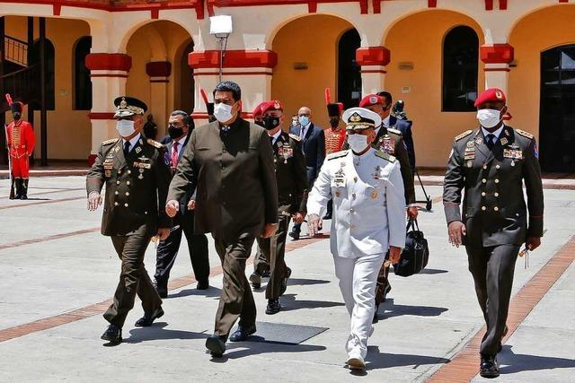 In Lateinamerika haben die Generäle wieder das Sagen