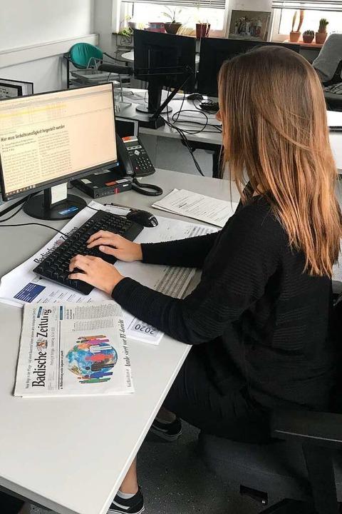 Bei der Eingabe eines Leserbriefs in unserem Redaktionssystem.  | Foto: Niklas R.