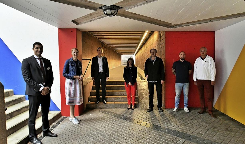 In der neu gestalteten Unterführung am...öttin, Thomas Rosskopf und Ingo Stamm   | Foto: Barbara Ruda