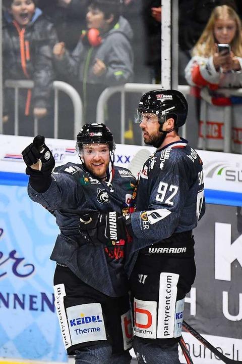 Auch in Freiburg hoffen die Eishockeyfans auf eine Rückkehr in die Halle.  | Foto: Achim Keller