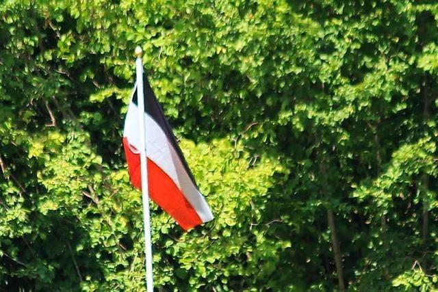 Flagge in Reichsfarben irritiert die Bürger in Wembach