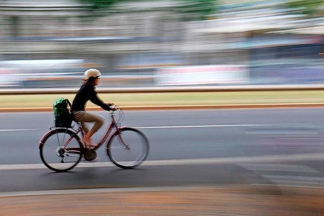 Mehr Fahrräder, mehr Autos – es wird immer enger in den Städten