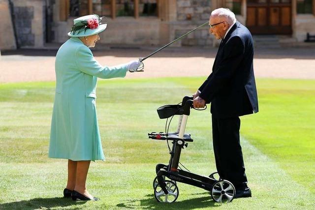 Queen Elisabeth schlägt einen 100-jähriger Corona-Pandemie-Held zum Ritter