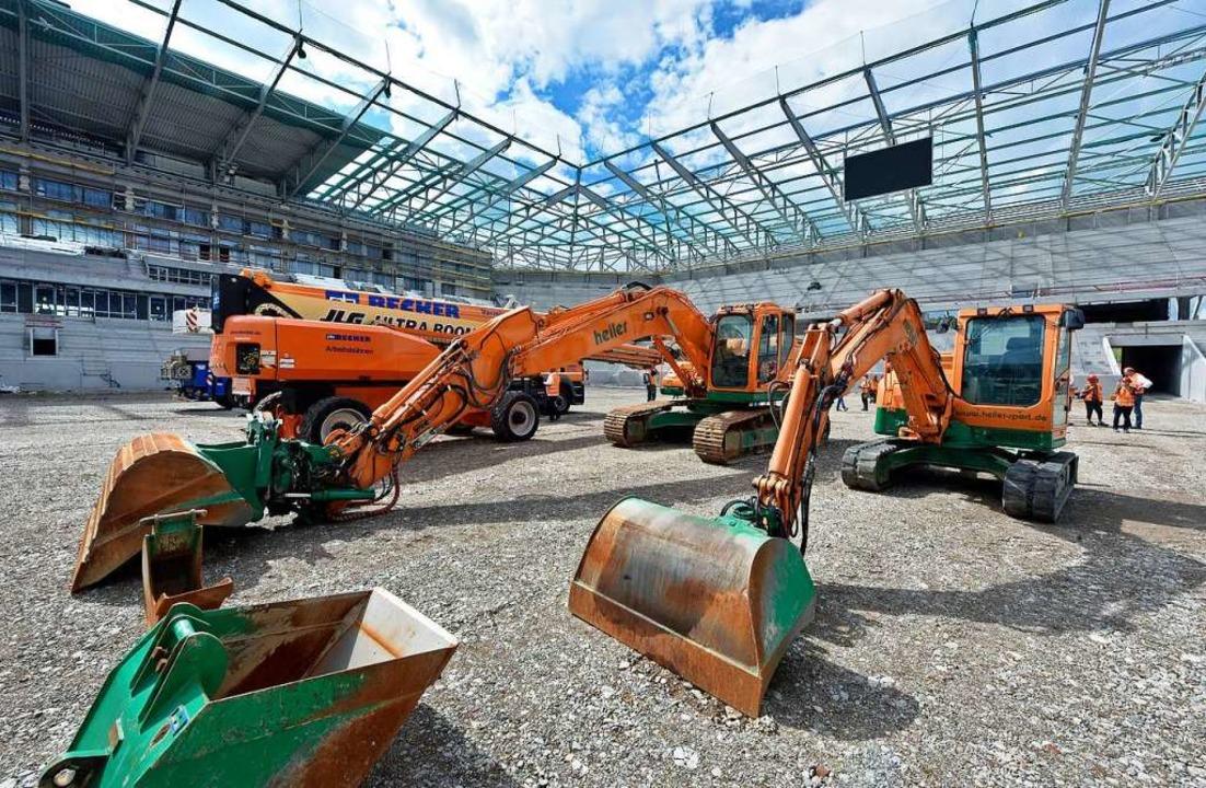 In der Endphase: Der Neubau des SC-Stadions am Wolfswinkel.    Foto: Michael Bamberger