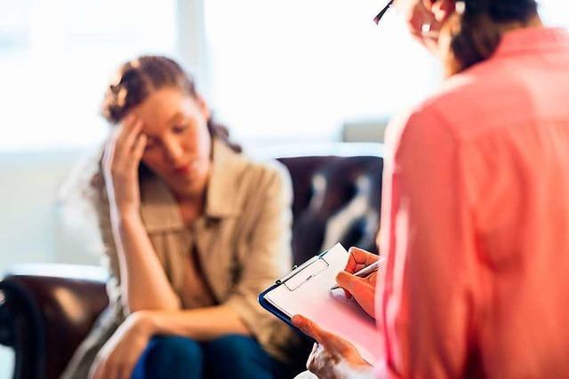 Neue Sprechstunden bei Psychotherapeuten sind voller Erfolg