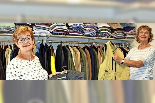 300 Kleidungsstücke pro Monat