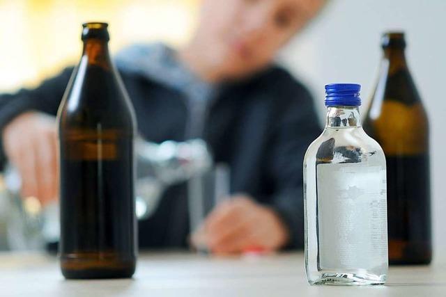 Drei Jugendliche landen nach Party am Grillplatz Wasser mit Alkoholvergiftung im Krankenhaus