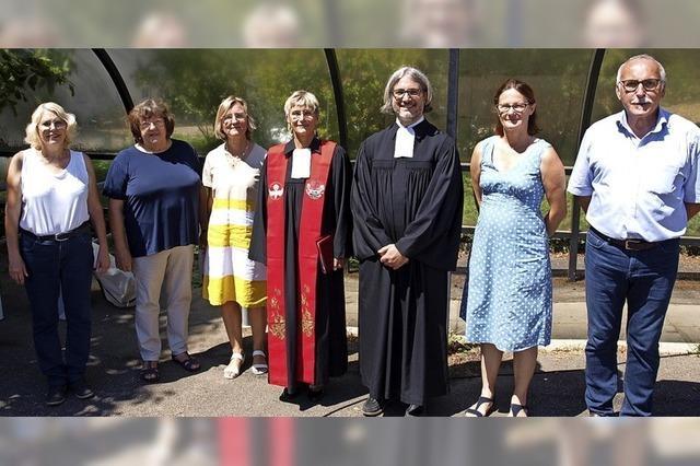 Gemeinde verabschiedet Pfarrer in Forschungsprojekt