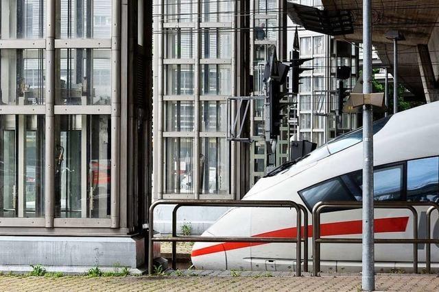 Polizei greift vier vermisste 14-Jährige am Hauptbahnhof Freiburg auf