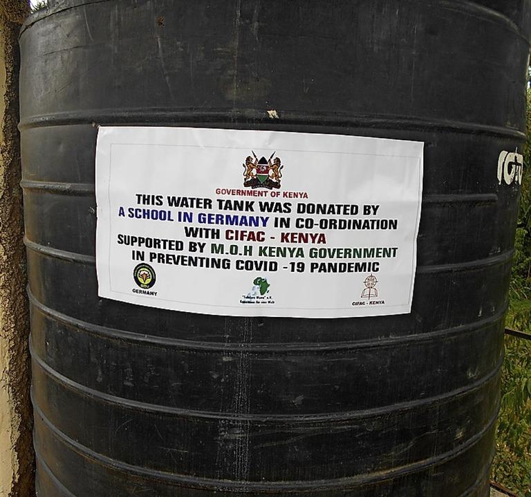 Der Wassertank wurde mit Geld aus Deutschland besorgt.  | Foto: Privat