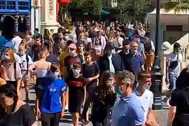 Video auf Facebook zeigt großes Gedränge im Europa-Park