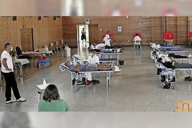 Viele wollen auch in Corona-Zeiten ihr Blut spenden