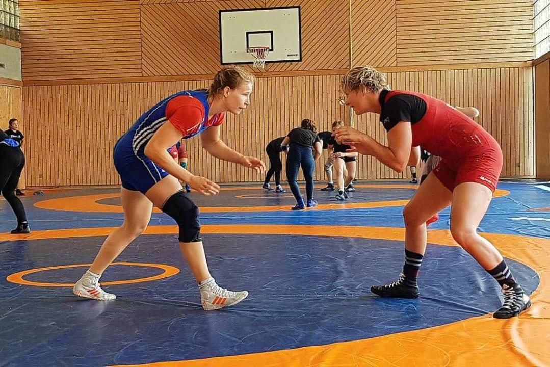 Vor dem Angriff: Aline Rotter-Focken (...für Olympia in Tokio qualifiziert ist.  | Foto: OSP FreiburgP