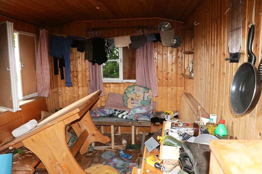 In dieser Hütte hauste Yves R. vor seiner Flucht.  | Foto: Privat