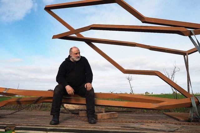 Künstler Robert Schad zeigt Baustahl-Skulpturen in der Lahrer Innenstadt