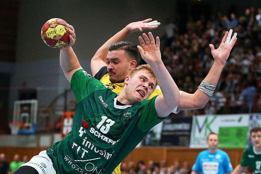 Einmal am Ball, ist er kaum  aufzuhalten: 183 Tore warf Gempp für Rimpar.    Foto: Frank Scheuring