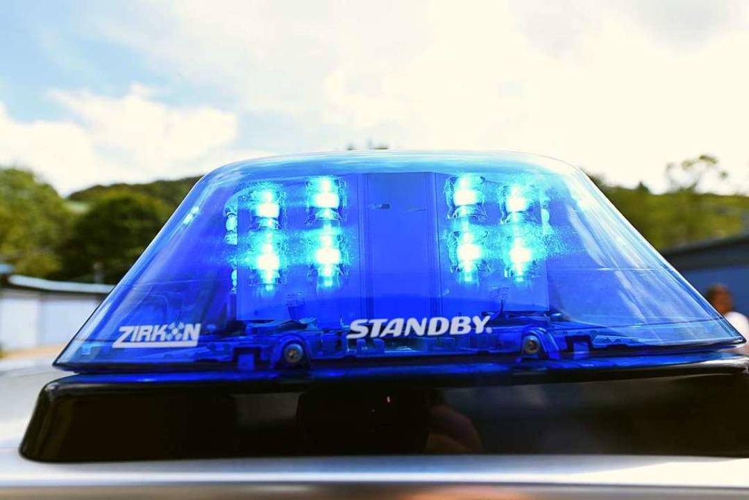 Die Polizei sucht Zeugen, die den flüc...er gesehen haben könnten (Symbolfoto).  | Foto: Jonas Hirt