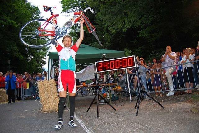 Vor 10 Jahren stellte ein Radsportler einen Höhenweltrekord auf – in Sandalen