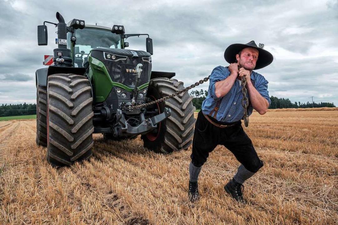 Mal was ganz anderes: Bulldog-Kabarett...angler. Auch er kommt mit dem Traktor.    Foto: Sebastian Wehrle