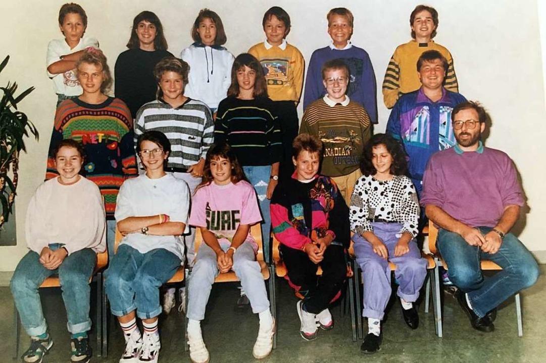 Nach seiner Ankunft in Bonndorf 1991 ü...hülern. Hinten rechts steht der Autor.  | Foto: privat