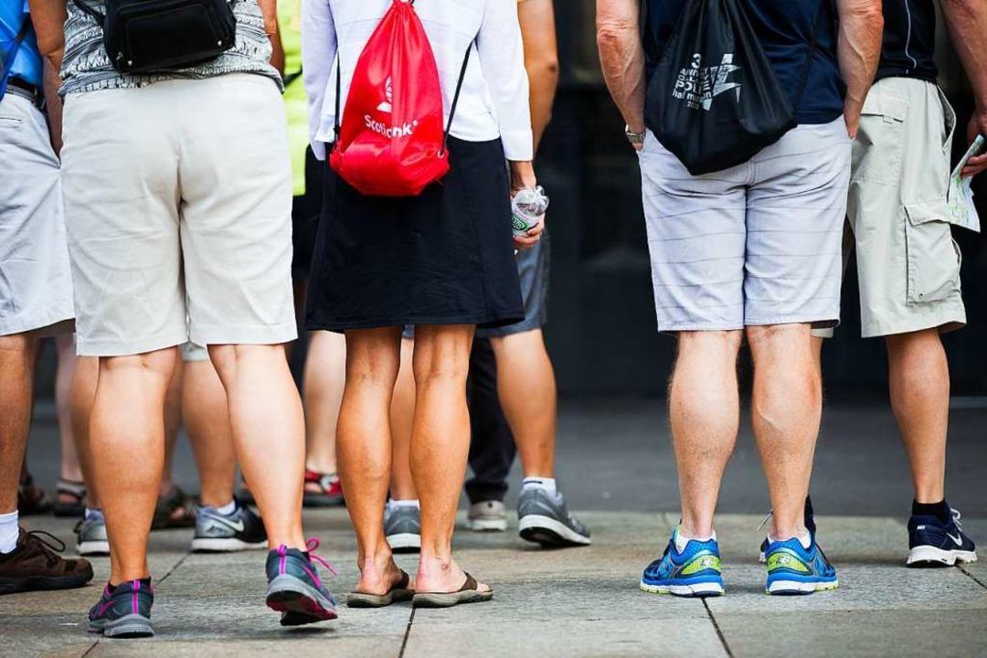 Im Vatikan strikt verboten: Kurze Hosen.  | Foto: Rolf Vennenbernd